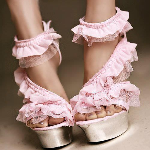 Pink Ruffle Heels! Who knew? | ♛Shoes♛ | Pinterest | Ruffles