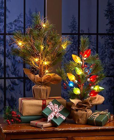 Add A Bit Of Country Charm To Your Holiday Display With This Lighted Tabletop Tree It S Perfectly Sized For Smaller Es And Tablescapes