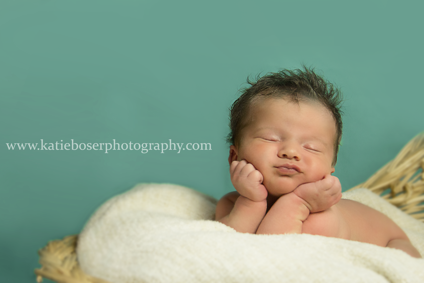 Katie boser photography newborn photography frog pose