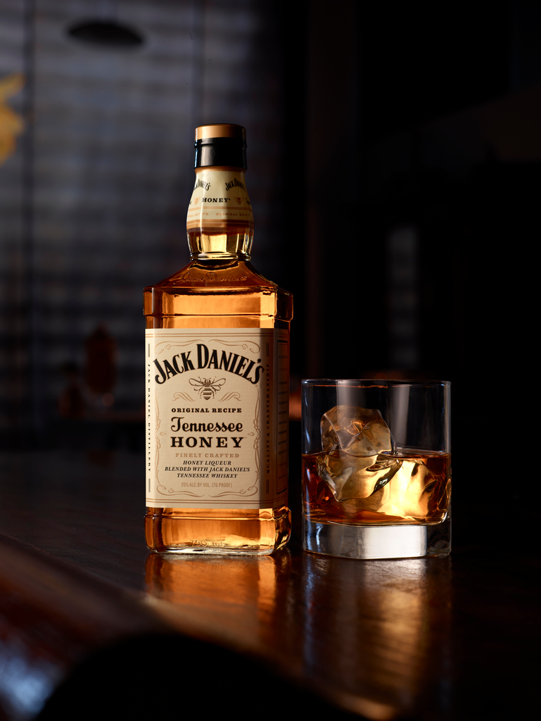 Pin By Dominique Howard On Yec Hed Mat Jack Daniels Honey Jack Daniels Drinks Jack Daniels