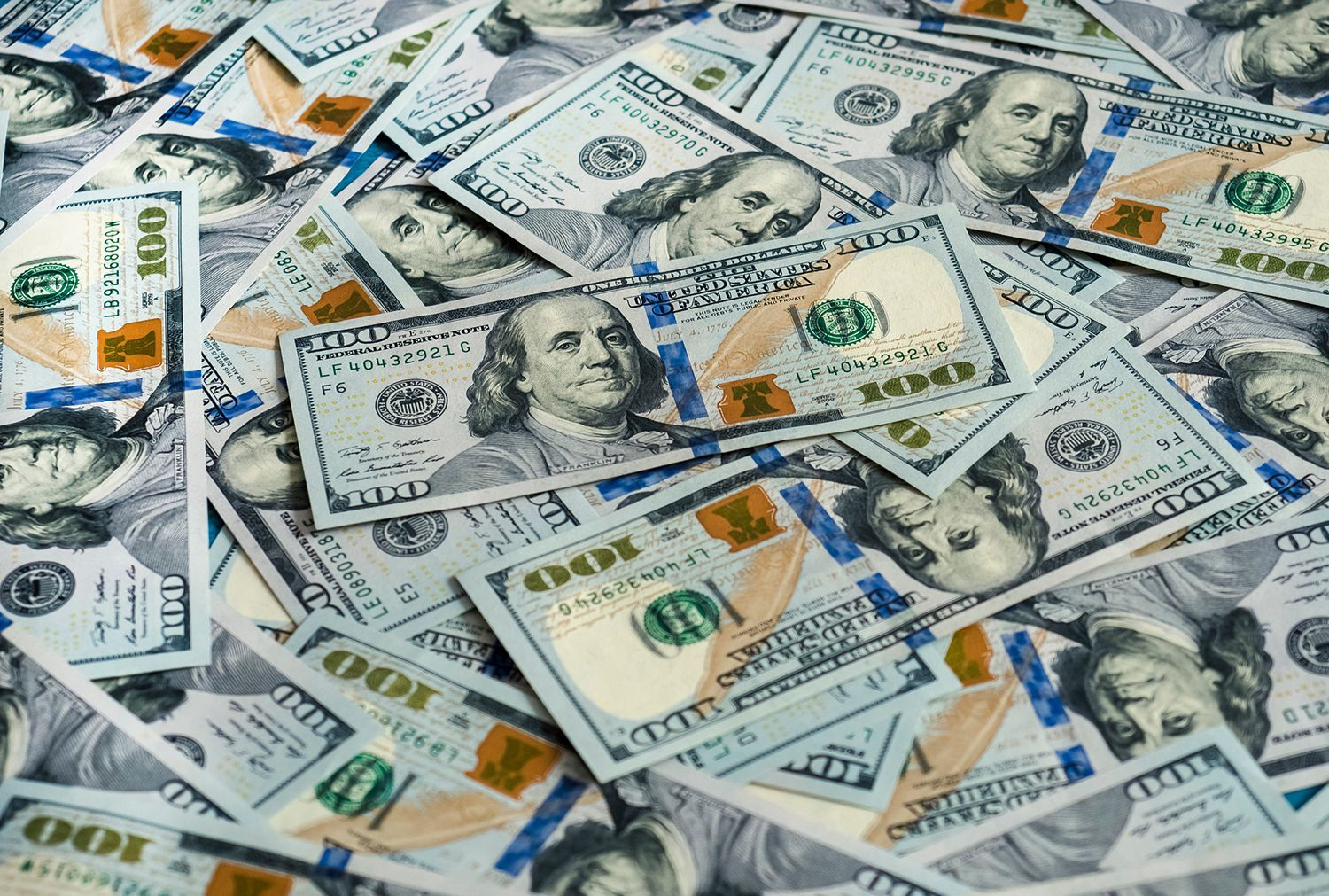 100 Bill With Benjamin Franklin Accessible Text On This Famous Man 100 Dollar Bill Dollar Bill Dollar