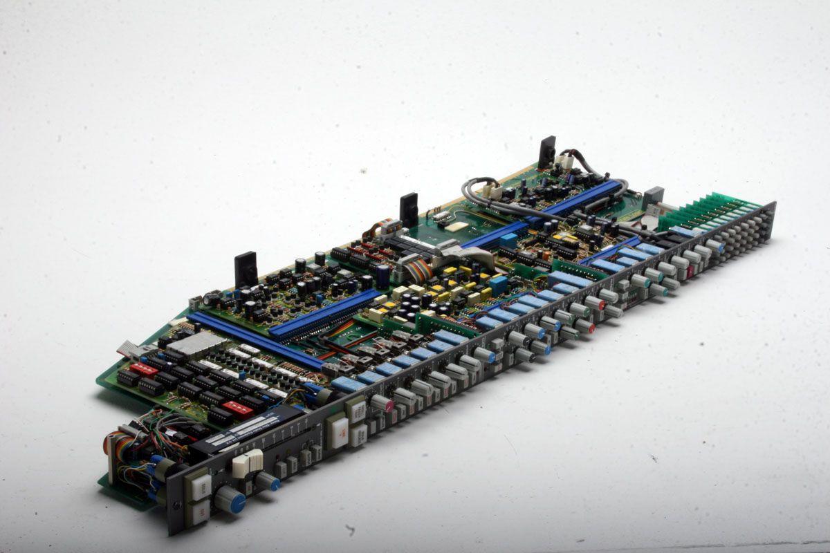 SSL G-Series SL611GED