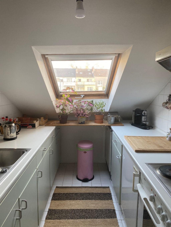 #kleinekuche Kleine Küche im Dachgeschoss