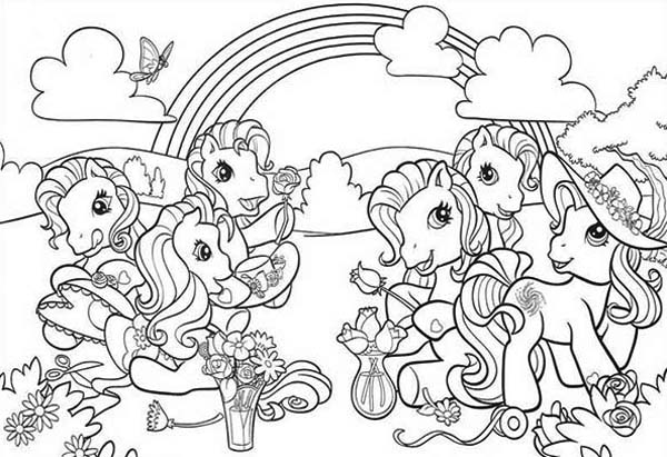 My Little Pony Doing Flower Arrangement Coloring Page - Download & Print  Online Colorin… My Little Pony Coloring, My Little Pony Printable,  Cartoon Coloring Pages