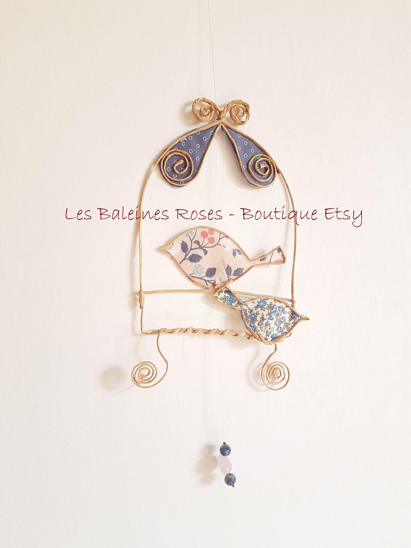 Petit Cabinet De Curiosite Plein De Poesie Pour Feter Les Mamans Lesbaleinesroses Cage A Oiseau Cabine Papier Kraft Cabinet De Curiosite Objet Decoration