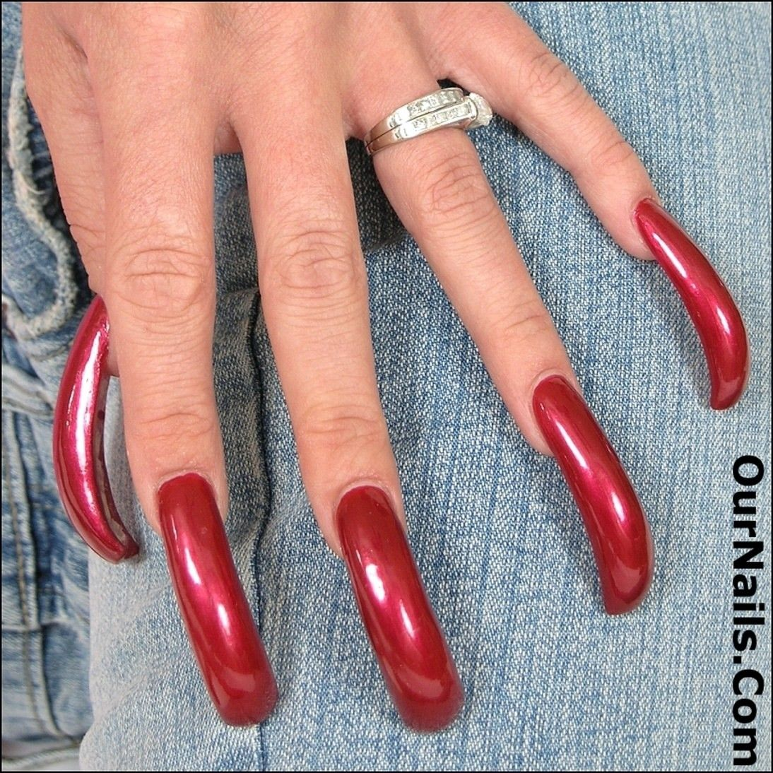 Pin By Keith Bowman On Ournails Com Red Acrylic Nails Pretty Acrylic Nails Curved Nails