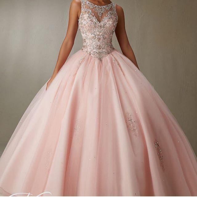 Pin de Priya en bridal gown | Pinterest | Vestidos de boda de época ...