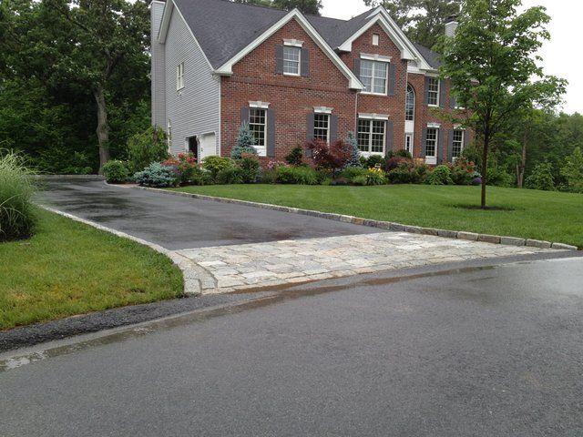 Granite Block Curb : Belgium block stone driveway apron and curbing in