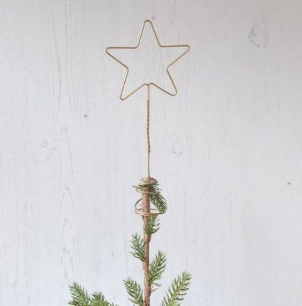 20+ New Ideas Modern Christmas Tree Gold #tree   Diy tree ...