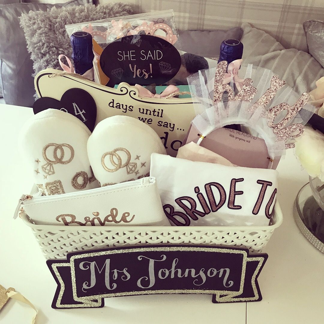 Wedding Countdown Gifts For Bride: Bride To Be 👰🏼 Engagement Hamper Gift 💝 In 2019
