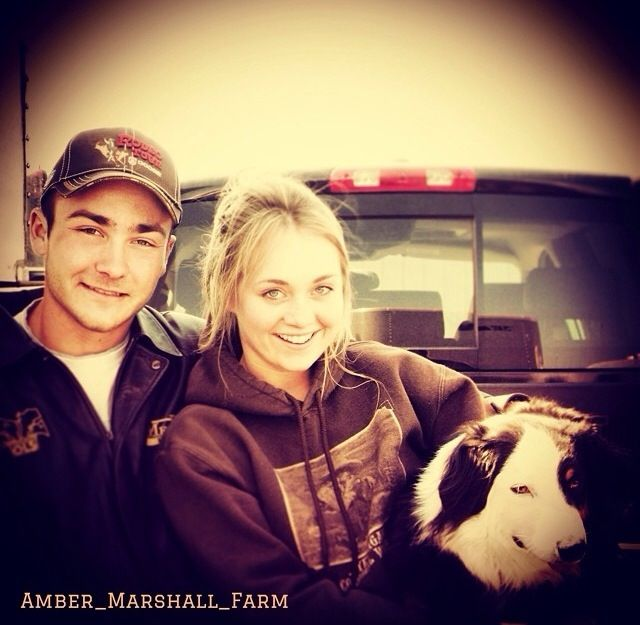 Amber & Shawn as themselves!  lol  Heartland
