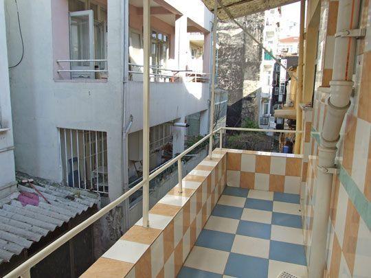 Good Questions: Ideas for a Narrow Balcony? #narrowbalcony