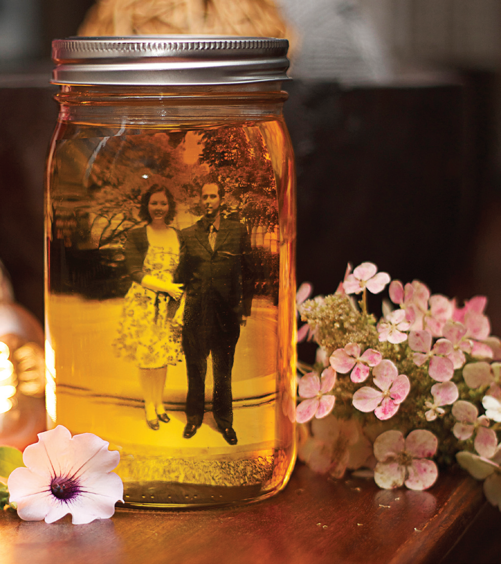 Vintage Wedding Ideas Mason Jars: Make Your Own Vintage Photo Jars