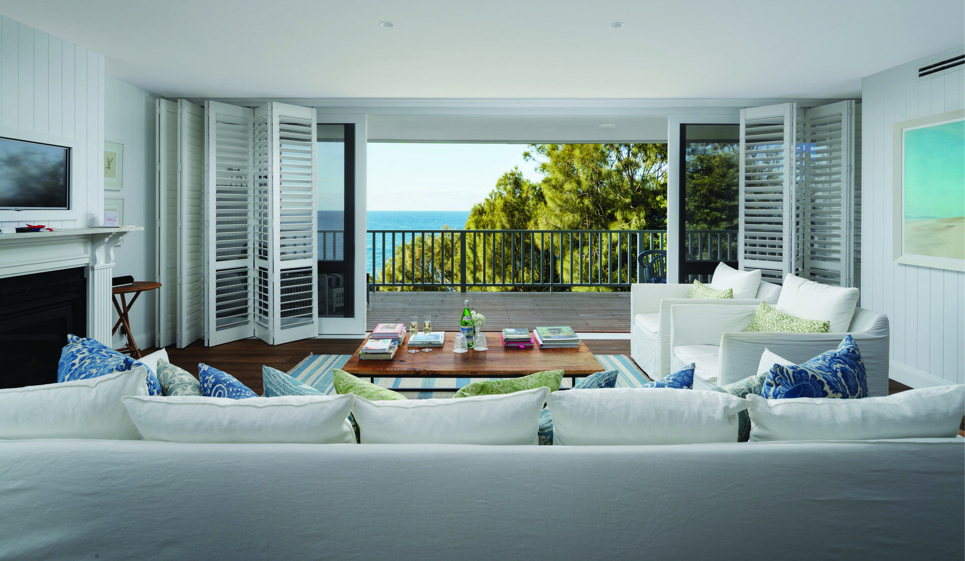 Mollymook Hotel | Bannister hotel, Pent house, Bannisters ...