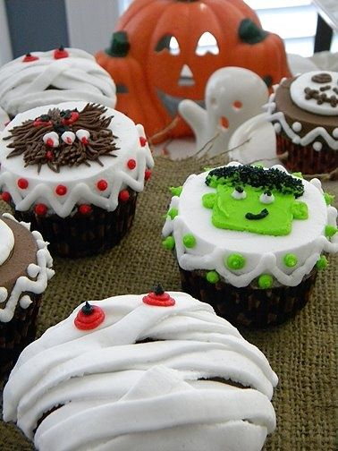 Halloween Cupcakes Fall Pinterest Halloween cakes, Halloween - how to decorate cupcakes for halloween