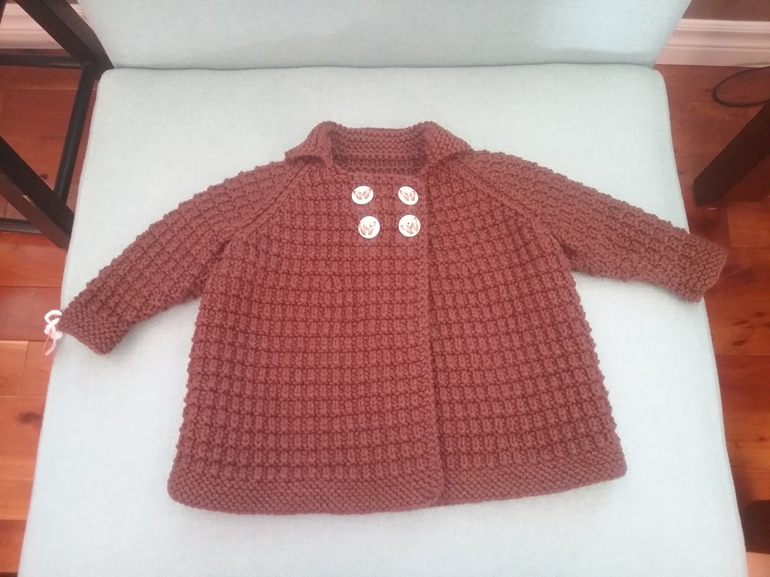 Hand Knit Childrens Sweater - Size 6-12 Months #children'ssweaters Hand Knit Childrens Sweater Available in - Chocolate Brown Size 6-12 months Measurements: Chest - 23 inches Length - 12.75 inches Sleeve Seam - 6.25 inches $45.00 each #childrenssweaters