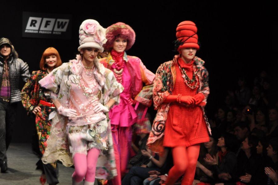 Russian Fashion Week. Slava Zaitsev collection  2009/10 . The garments are made of Yaga handmade fabric