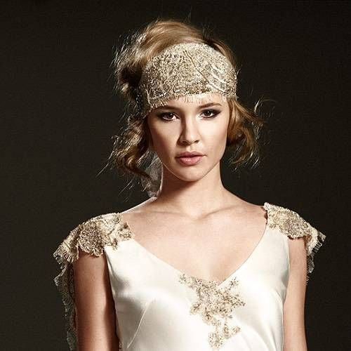 Great Gatsby Inspired Hairstyles And Hair Accessories 1920s Hair Accessories Vintage Hairstyles Roaring 20s Hairstyles