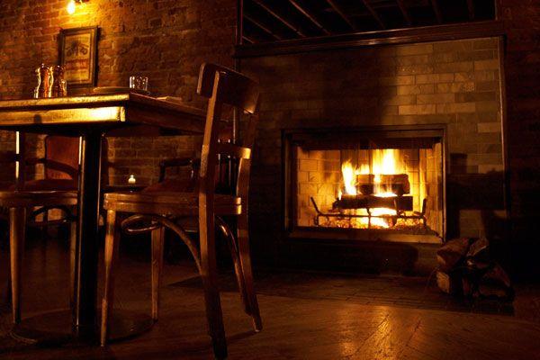 Best Bars In Washington Dc D C Fireplace Restaurants Fireplace Cozy Bar Cool Bars