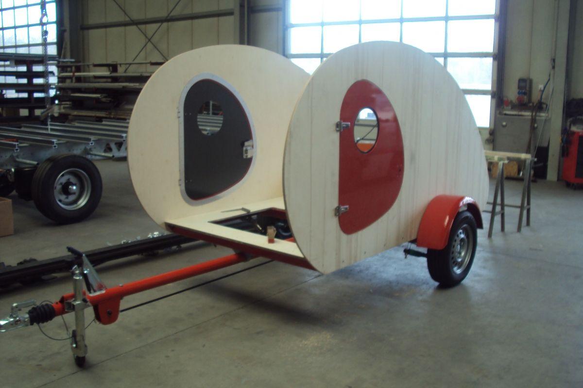 acrylbilder einfach malen fur bett einbauen wohnwagen interessante ideen f r. Black Bedroom Furniture Sets. Home Design Ideas