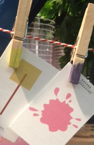 Dip-dyed clothes pin. #DIY #keukenconfessies Photo by doctorfashion.nl