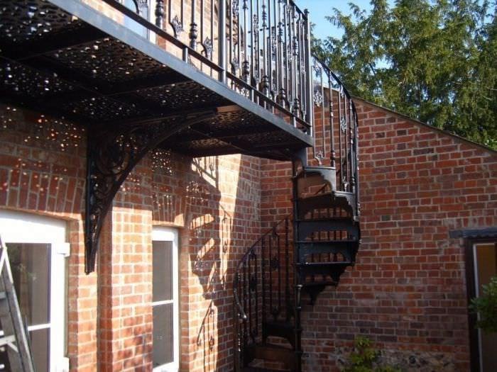 Scale esterne ferro battuto cerca con google casa for Scale esterne ville