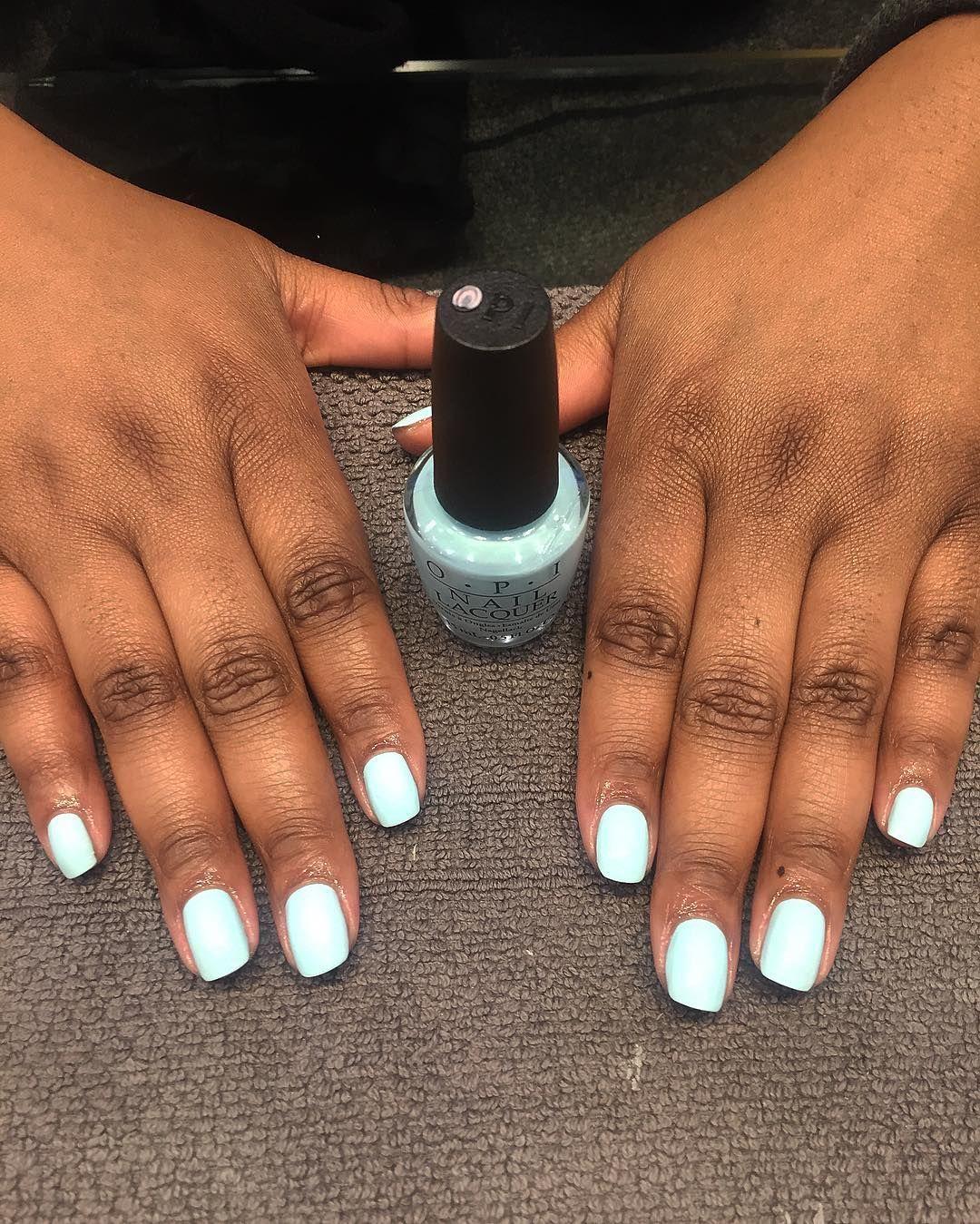 Opi Suzi Without A Paddle Nail Polish On Dark Skin Baby Blue Nail Polish On Dark Skin White Acrylic Nails Blue Nail Polish Yellow Nails