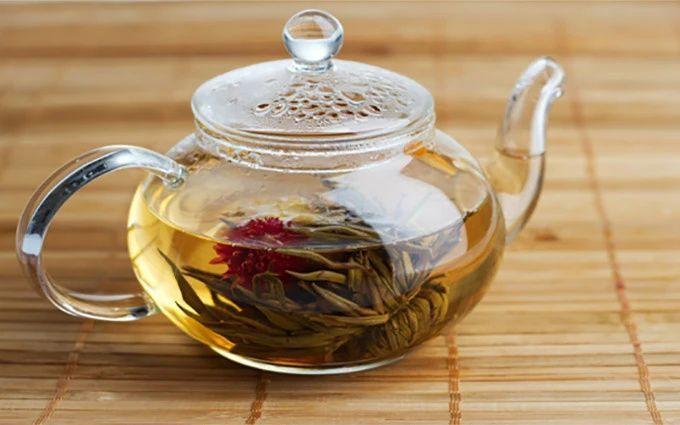 Photo of Golden Moon Tea – Organic Loose Leaf Tea