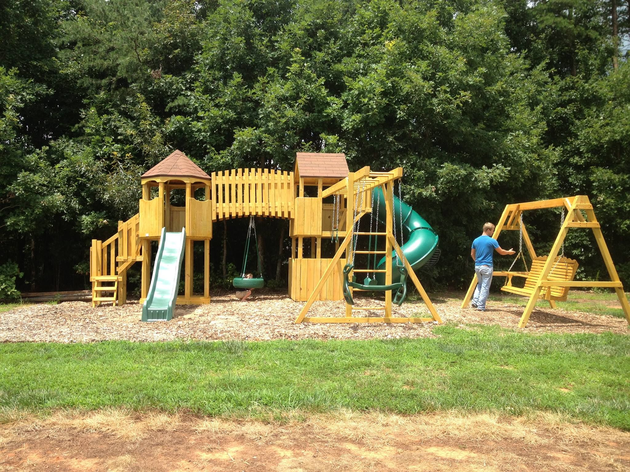 magic kingdom play set with shingle roof and swing system