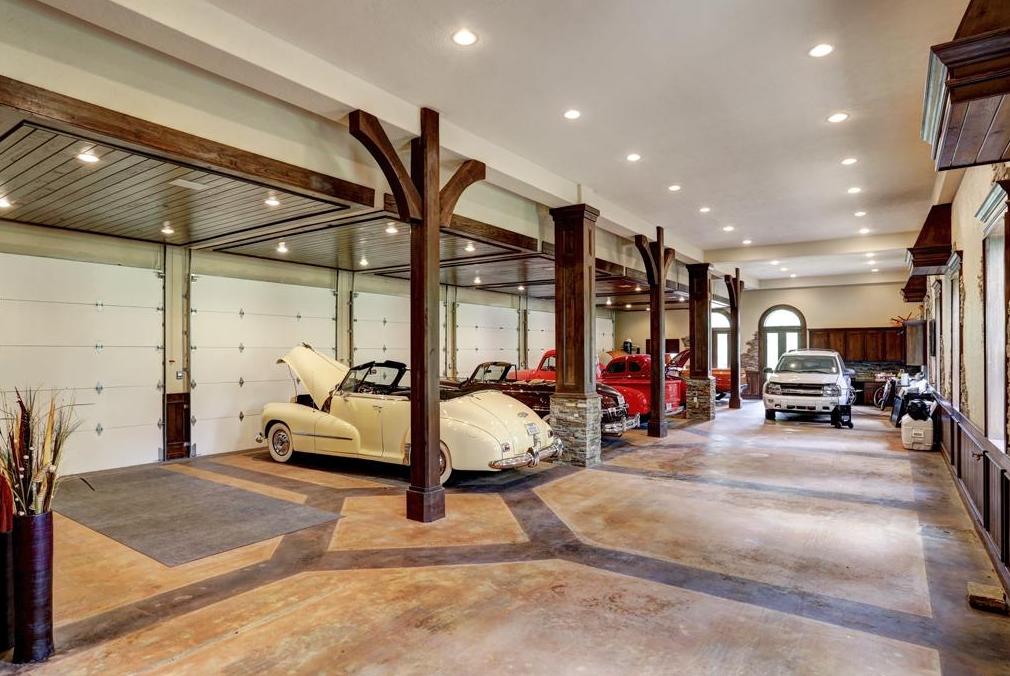 Home Design: Via Homes Of The Rich (.net)