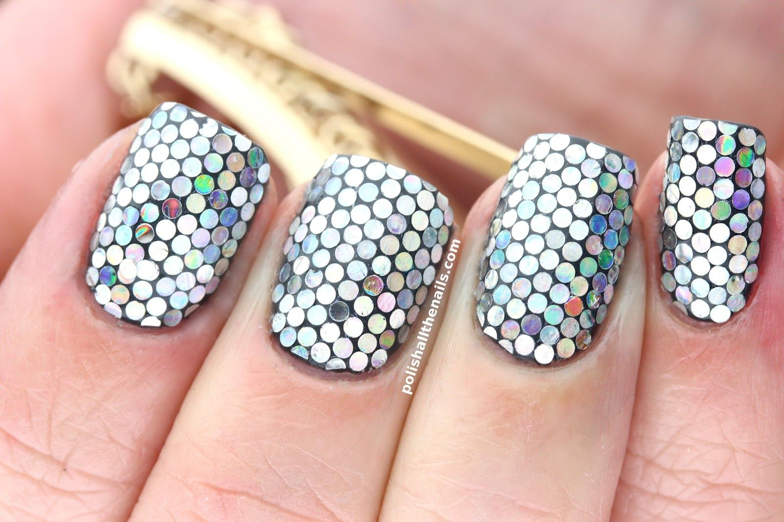 Polish All the Nails: Sparkly Circle Glitter Nails Because I Have to Match Chalkboard Nails!