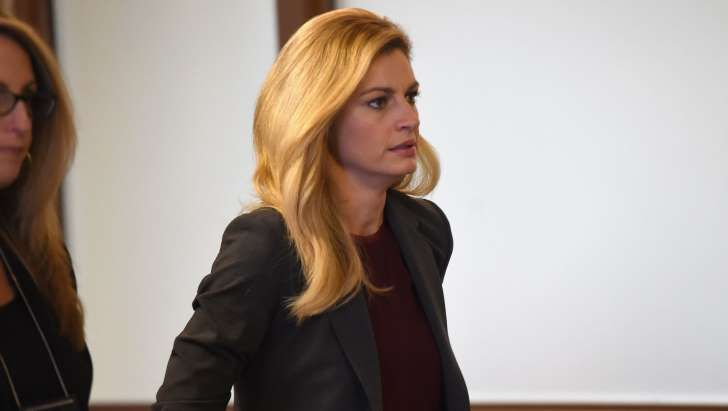 Worker Sorry For Watching Erin Andrews Nude Video -8369