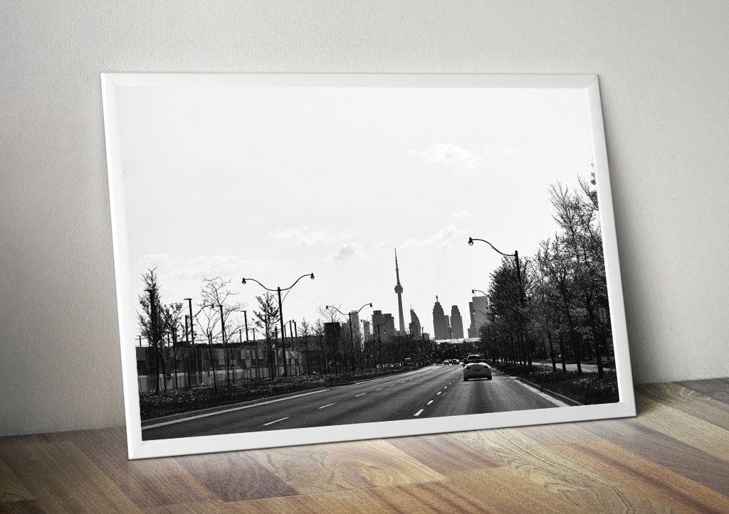 Toronto Photography, City Photography, Toronto wall art, CN tower photo, Toronto skyline wall decor, black & white photography,Giclee print by S4StarSbySiSSy on Etsy https://www.etsy.com/ca/listing/281518670/toronto-photography-city-photography