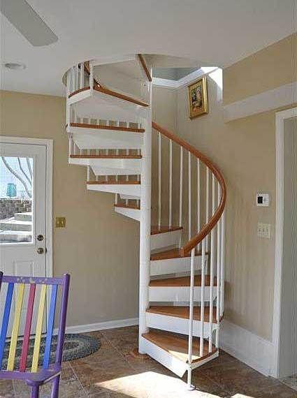 Classic Steel Spiral Stairs Pasillos Y Escaleras