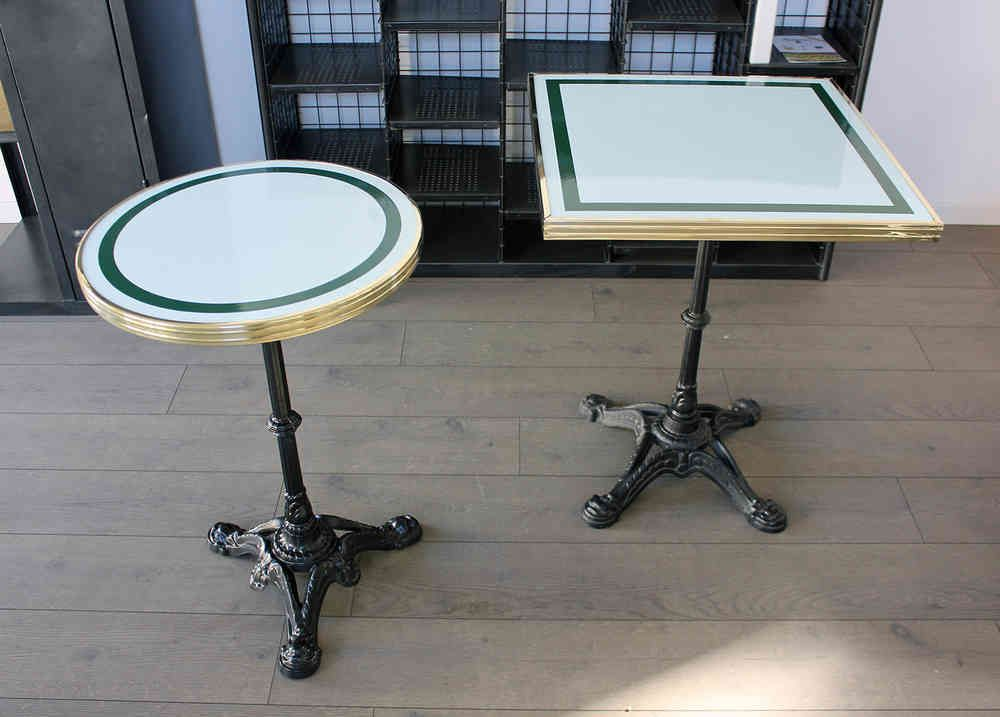 Table De Bistrot Carree Emaillee Rouge Gueridon Emaille Table Bistrot Faire Une Table Table