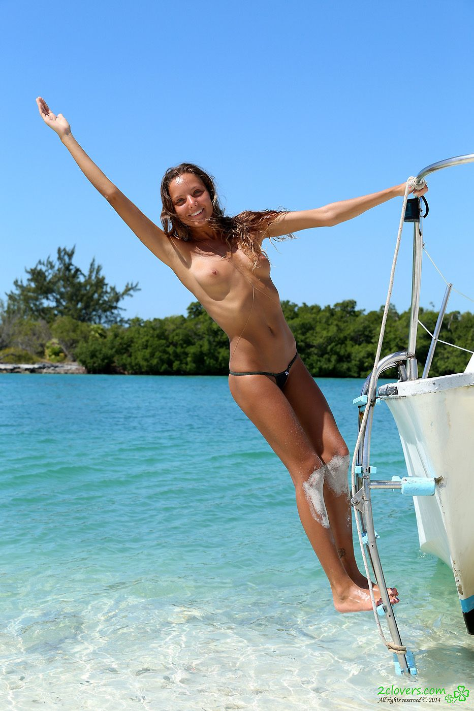 boat girl nude party