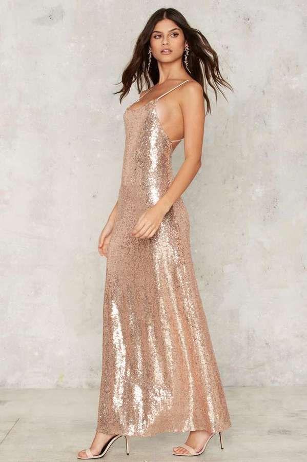 https://goo.gl/aabPUZ #ootdmagazine #dress #golddress Glamorous Liv ...