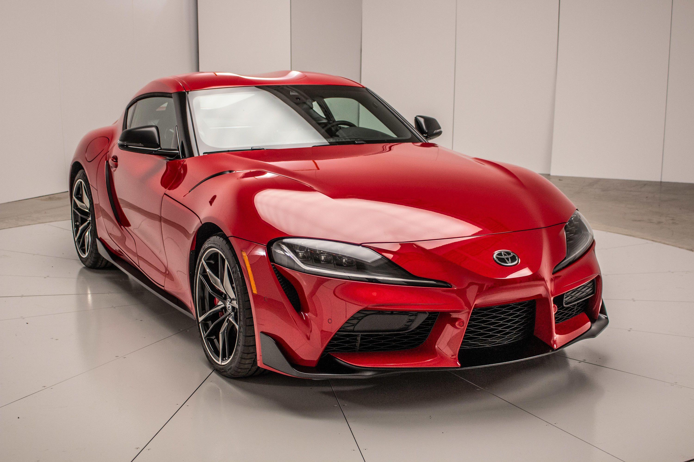 2020 Toyota Supra Has Bmw Bones 50 000 Price Tag Roadshow Toyota Supra Detroit Auto Show Supra