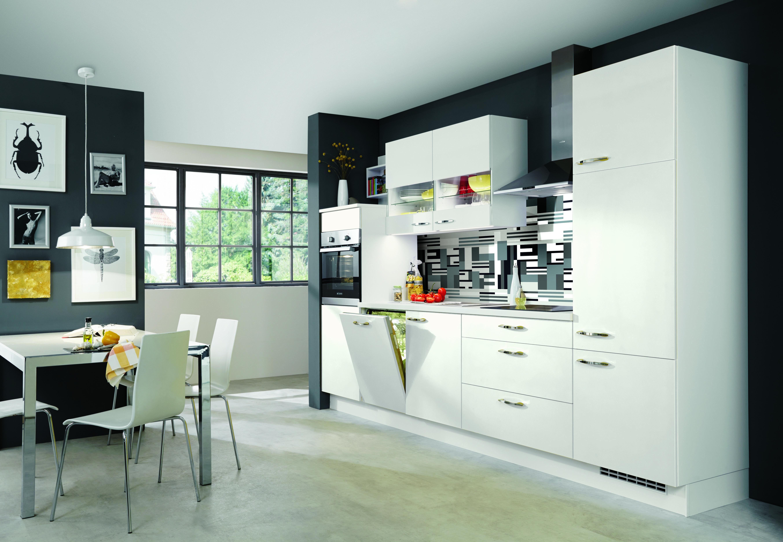 Weiße Küchen lassen sich schon mit wenigen Veränderungen