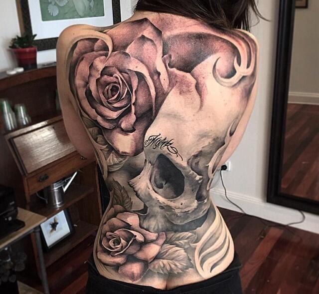Femme Plus, Tatouage Torse, Dos Femme, Peintures, Fleurs, Tatouages \u200b\u200b154323, Crâne Rose Tatouages, Crâne De Tatouage, Corps De Tatouage DEncre