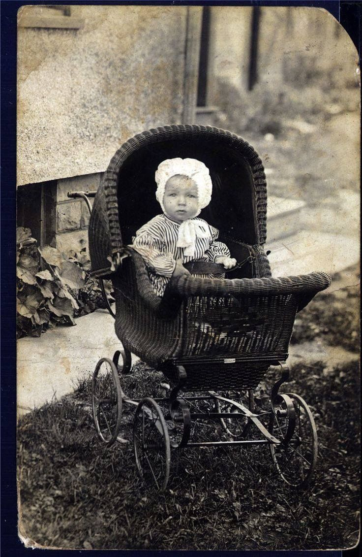 0a95ccbda Child-rearing Made Simple With These Tips | ❈Vintage Photos ...