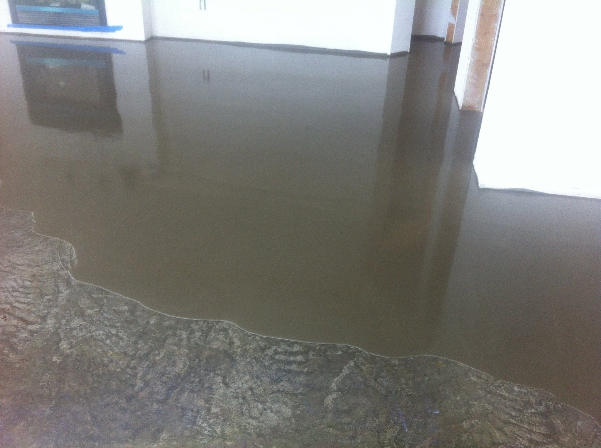 Leveling cement floor for ceramic tile httpnextsoft21 leveling cement floor for ceramic tile dailygadgetfo Gallery