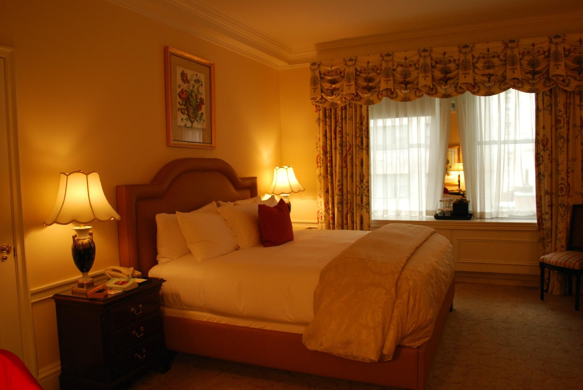 Luxury Hotel Bedroom  Love It Right Across From Central