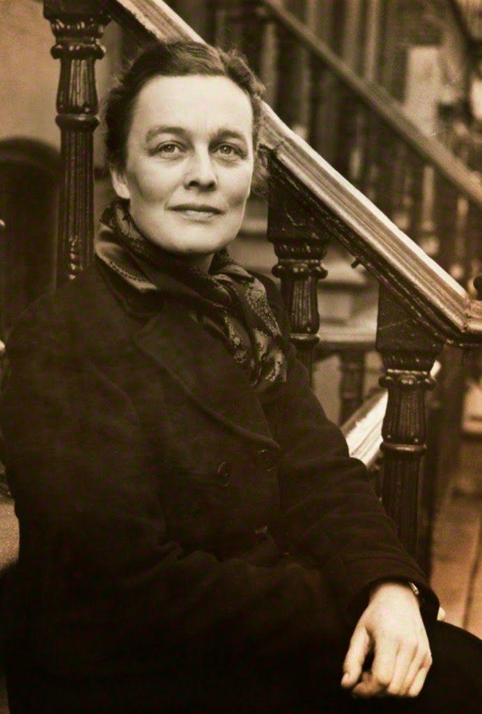 Poetical Quill Souls: Kathleen Jessie Raine