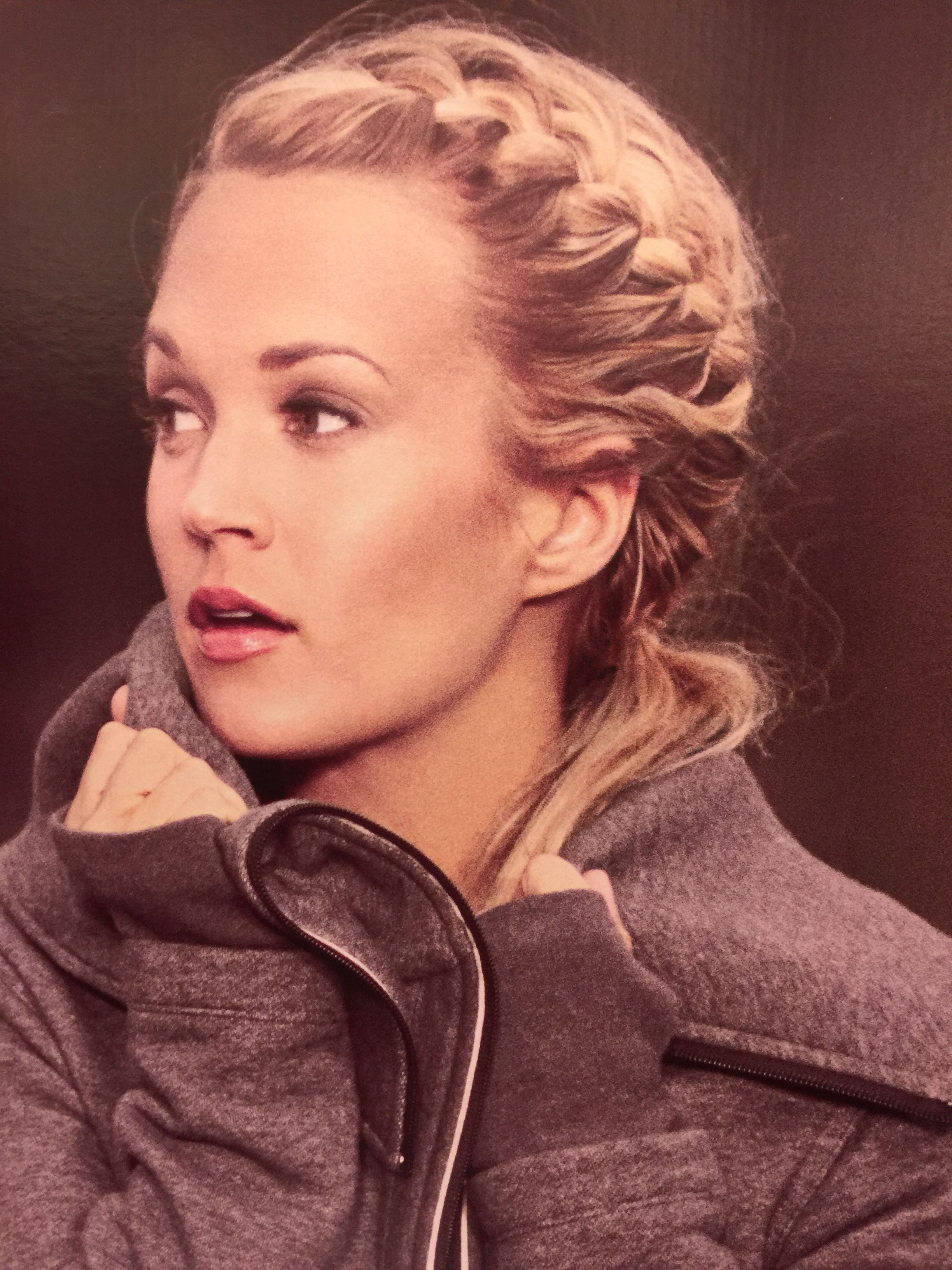 Pretty Hair On Carrie Underwood Tennishair Tennis Hair Pretty Hairstyles My Hair