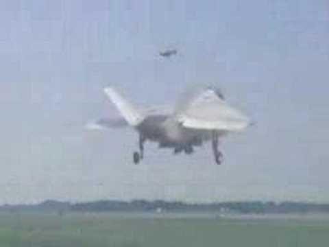 X-32 JSF Vertical Landing - YouTube