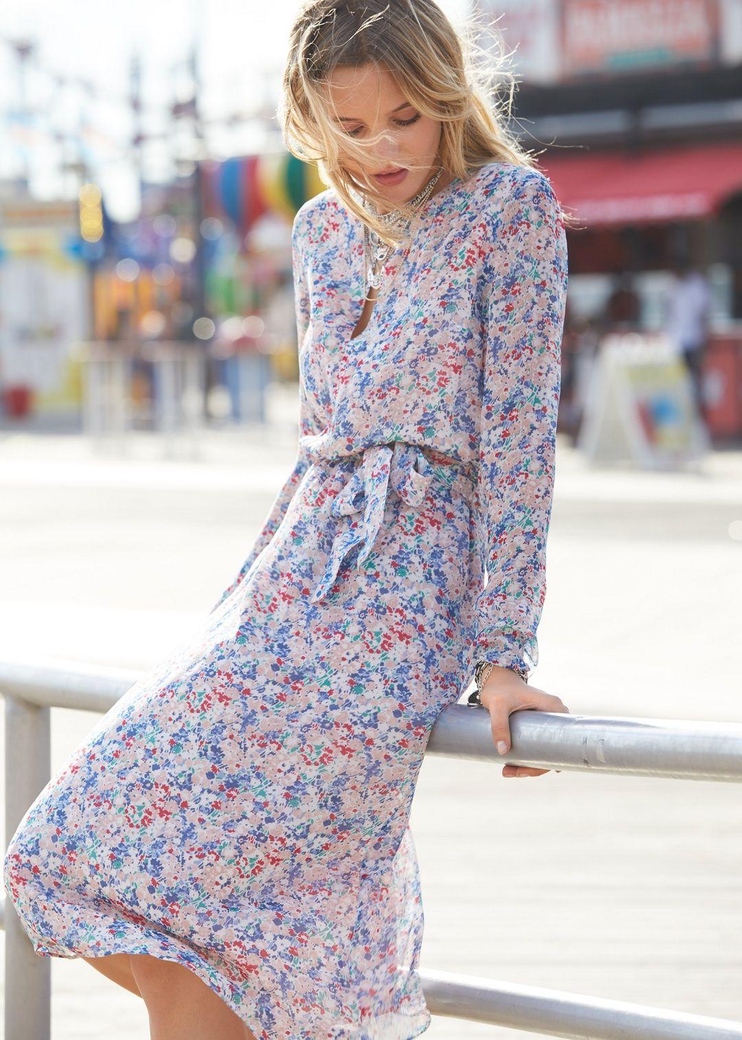 31e24ff7eeb French Fall Fashion Finds floral sezane victoire dress