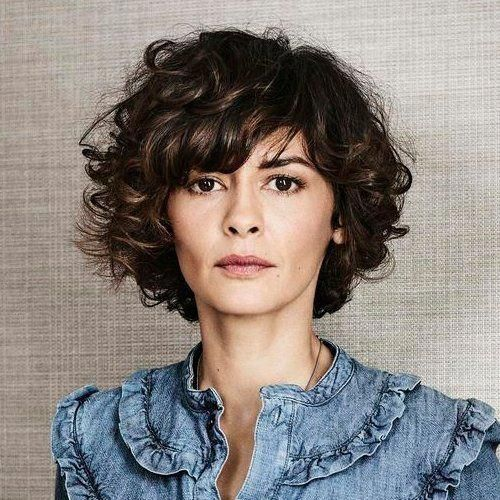 Photo of Try perfect short haircuts for women with curly hair. Best curly hairstyles