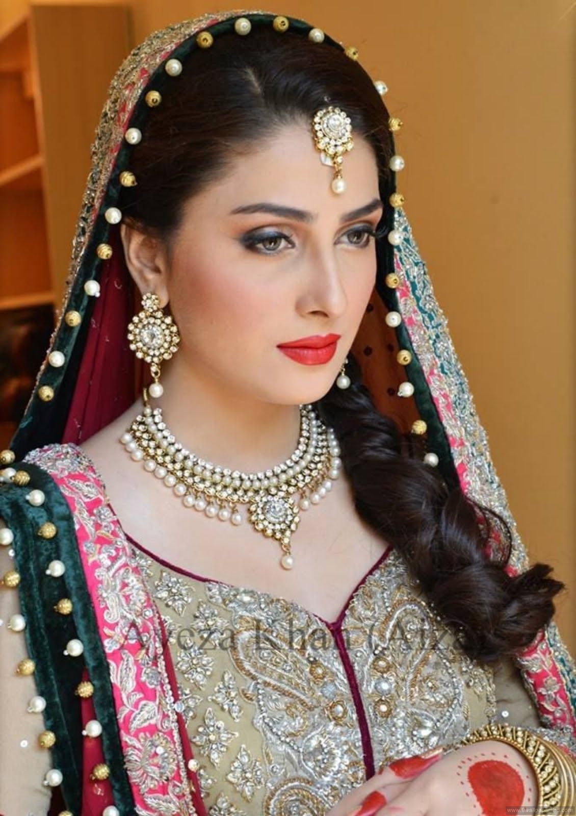 Top 15 Most Beautiful Sexy Pakistani Women Of 2017 Photos Hd Photos