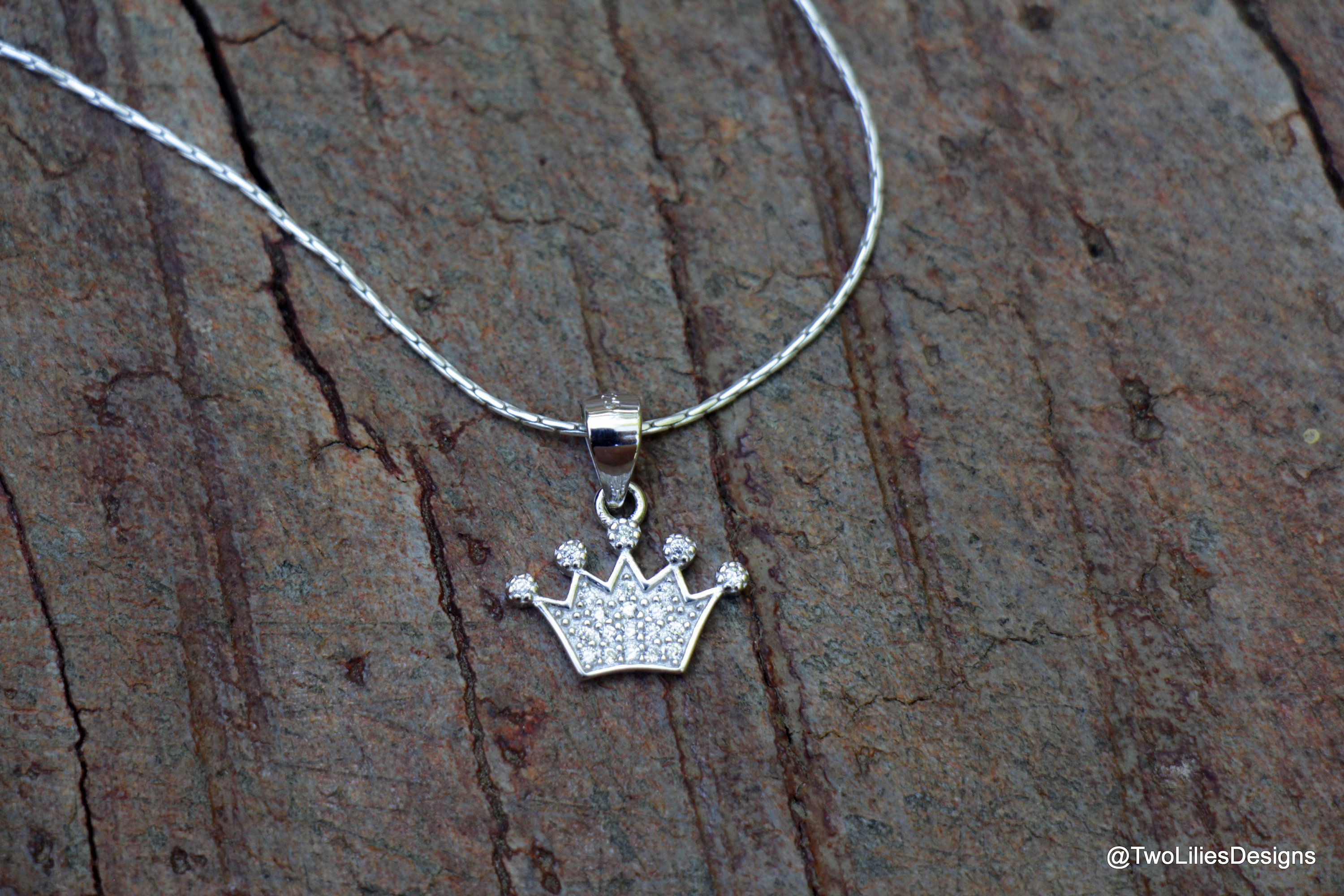Sterling Silver Queen/'s Crown Charm Jewellery Gift Set